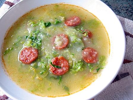 キャベツとじゃがいものポルトガル風スープ(カルド・ベルデ)