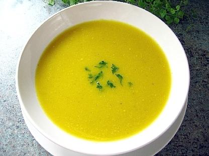 黄パプリカと黄レンズ豆のスープ