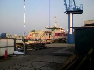 酒田と飛島を結ぶ定期船ニューとびしま