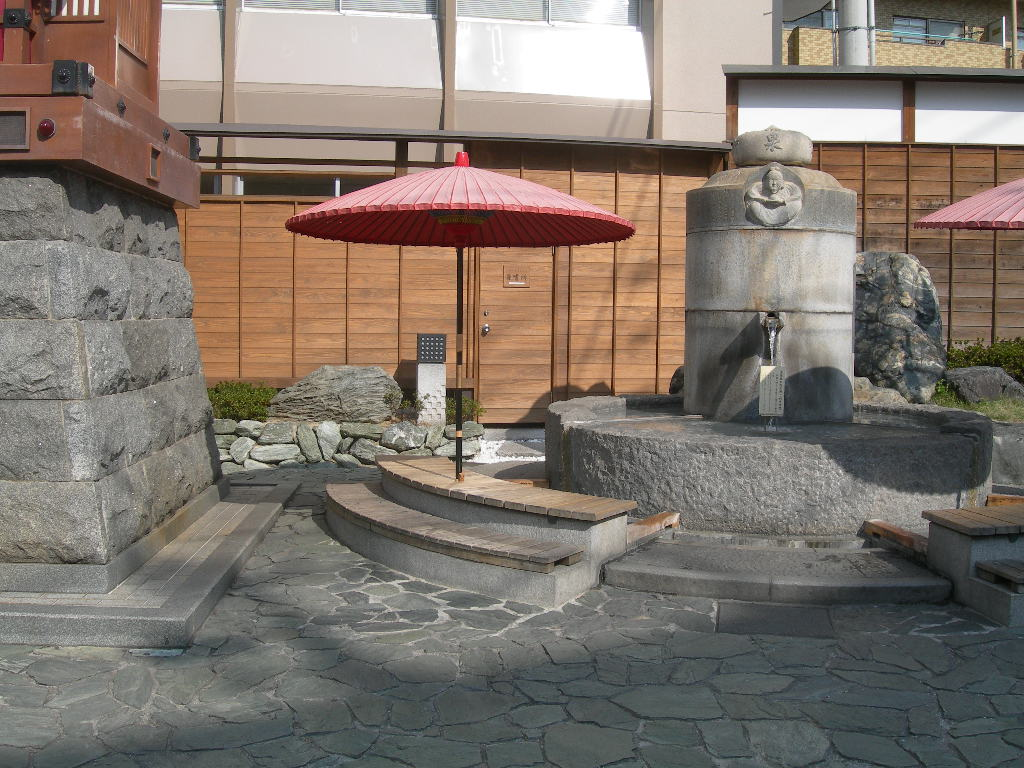 http://blog-imgs-12.fc2.com/m/u/r/murakamitakeyoshi/DSCN1182.jpg