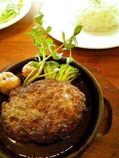 SAN BAN CHO CAFE ハンバーグステーキ