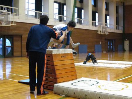 2012_3_7カワイ体操1