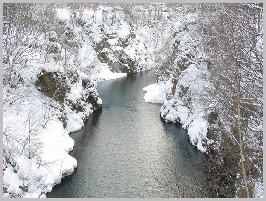 錦橋の上流