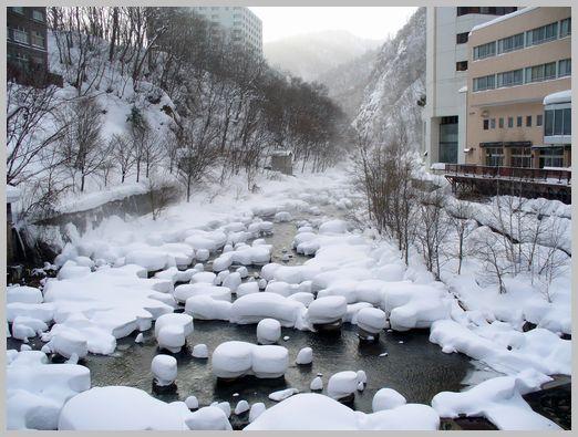 定山渓温泉の雪景色1