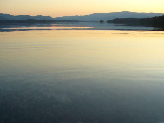 夕暮れの大沼湖畔2
