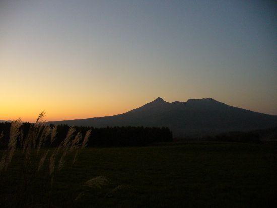 夕暮れの北海道駒ケ岳