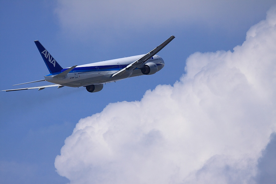 ANA B777-381 ANA105@下河原緑地展望デッキ(by EOS50D with EF100-400mm F4.5-5.6L IS USM)