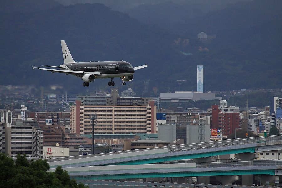 SFJ A320-214 SFJ41@アクシオン福岡(by EOS50D with EF100-400mm F4.5-5.6L IS USM)