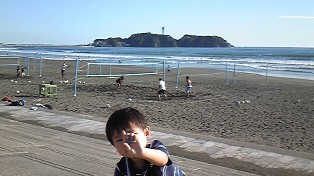09・10・27・鵠沼海岸・2