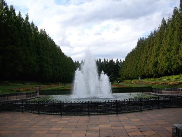 大きな噴水