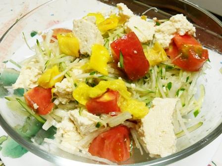 塩豆腐のサラダ