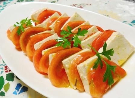 とま豆腐のサラダ
