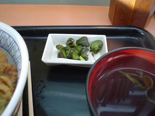 常盤軒の人気メニュー品川丼009