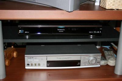 DMR-BW950