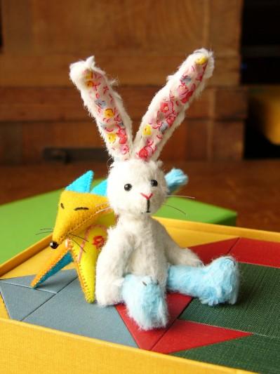 花柄耳のウサギその1