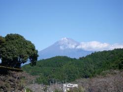 静岡側から見る富士山もなかなかです