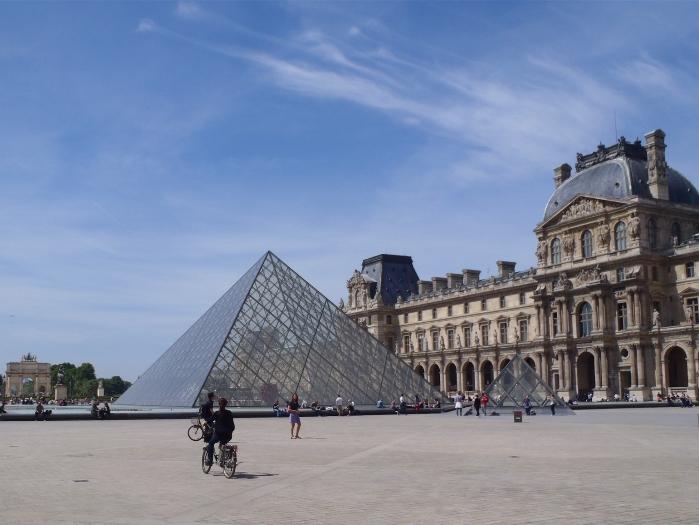 パリ 自転車ツアー
