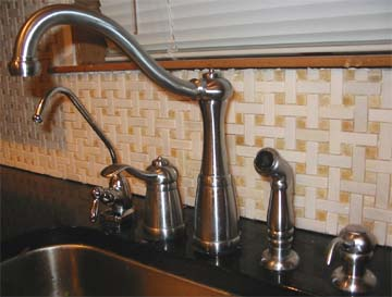 kitchenfaucet.jpg