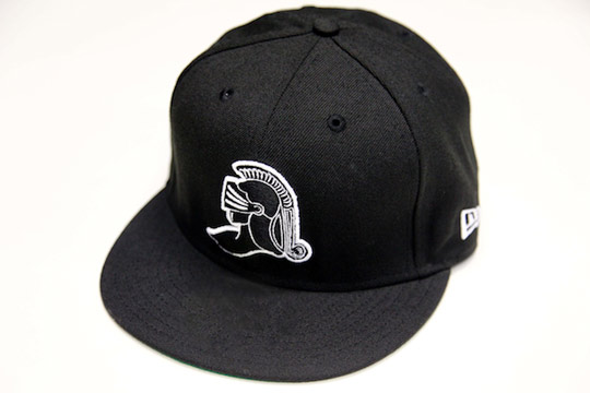 Black-Scale-Holiday-2010-New-Era-Fitted-Caps-01.jpeg