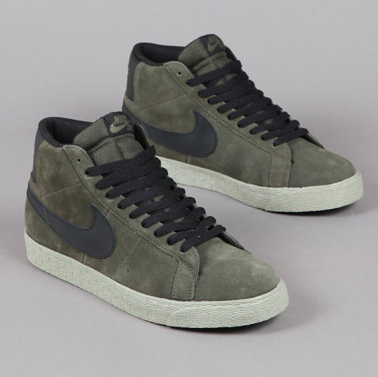Nike-SB-Blazer-Blazer-Low-CS-March-2011-02.jpeg
