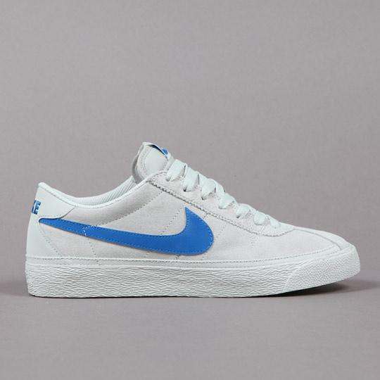 Nike-SB-Bruin-Sneakers-02.jpg