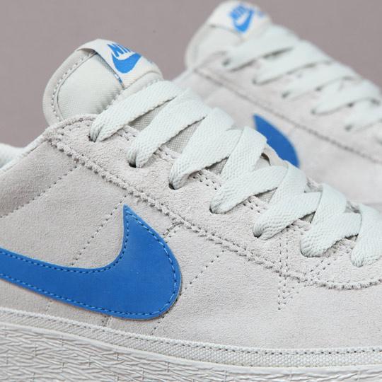 Nike-SB-Bruin-Sneakers-03.jpg
