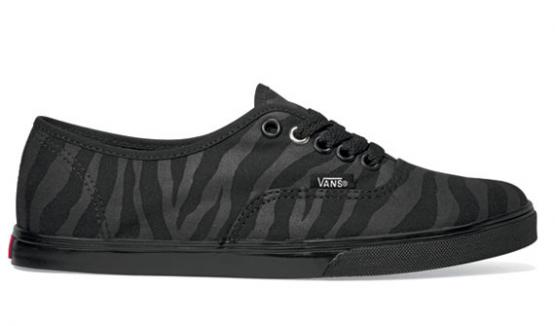 Vans-Spring-2011-SK8-HI-Zebra-Pack-2_convert_20101228235316.jpg