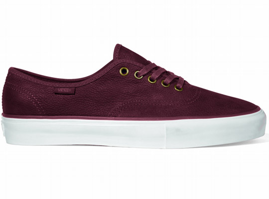 Vans-Vault-Spring-2011-Authentic-One-Piece-LX-Sneakers-02.jpeg