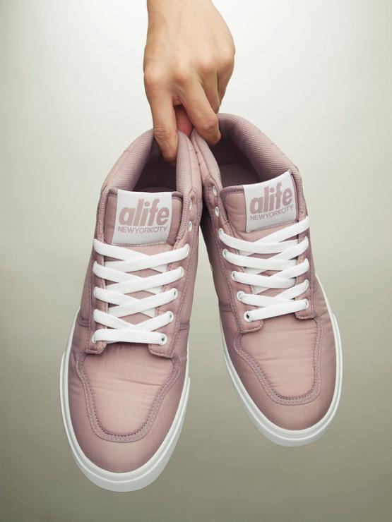 alife-2011-spring-footwear-10_convert_20110319233950.jpg