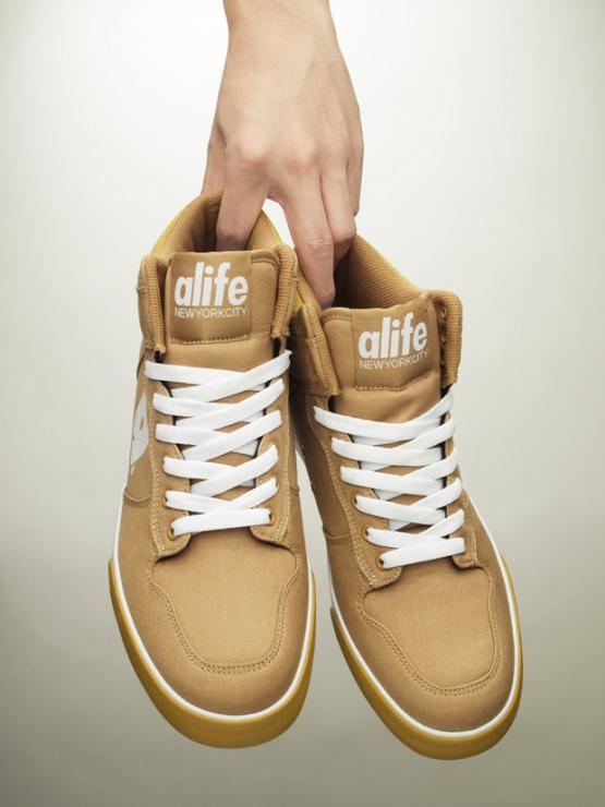 alife-2011-spring-footwear-6_convert_20110319233751.jpg