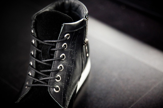 black-scale-sneakers-2.jpg