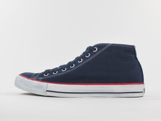 converse-chuck-taylor-mid-sneakers-3.jpg