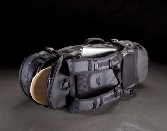 nike-sb-2011-spring-bags-2.jpg