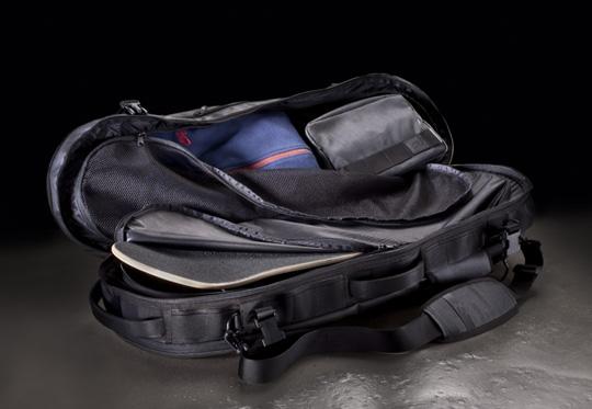 nike-sb-2011-spring-bags-4.jpg