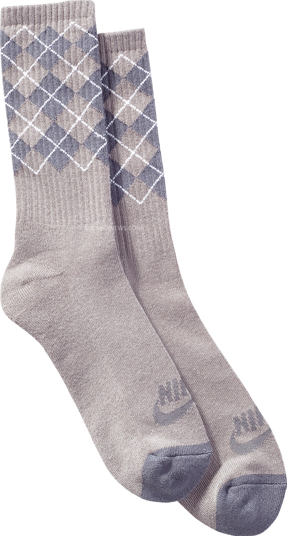 nike-sb-argyle-socks-february-2011-apparel-01.jpg