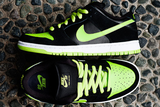 nike-sb-sneakers-neon-2.jpg