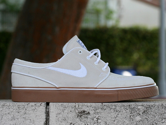 nike-sb-stefan-janoski-khaki-gum-sneakers.jpg