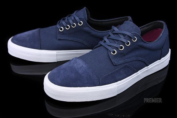 vans-canvas-collection-01-570x381.jpg