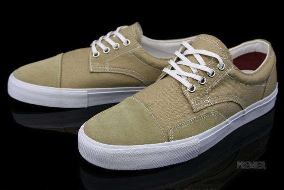 vans-canvas-collection-02-570x381.jpg