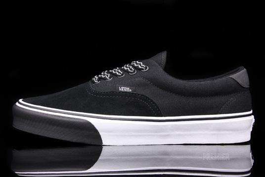 vans-era-59-world-track-sneakers-2.jpg