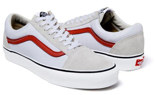 vans-supreme-sneakers-spring-2011-5.jpg