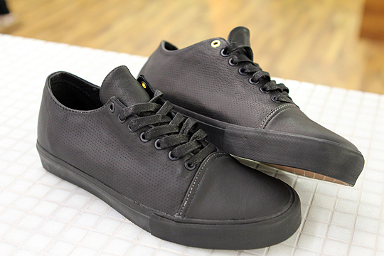 vans-syndicate-tommy-guerrero-sneakers-1.jpg