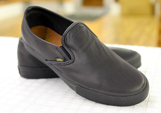vans-syndicate-tommy-guerrero-sneakers-2.jpg