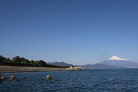 三保の松原と富士