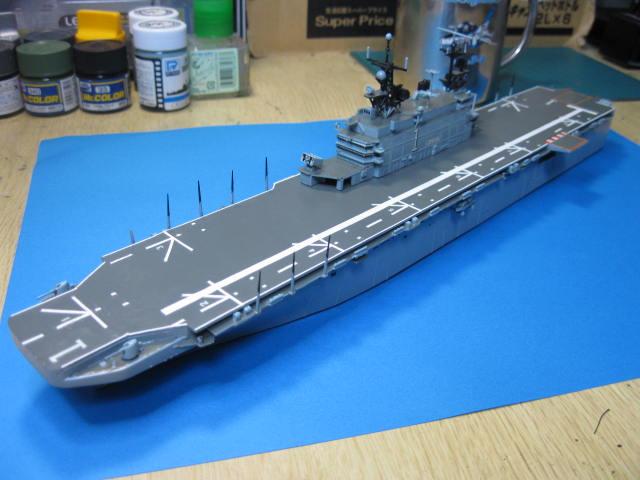LHA-1 USS TARAWA の13