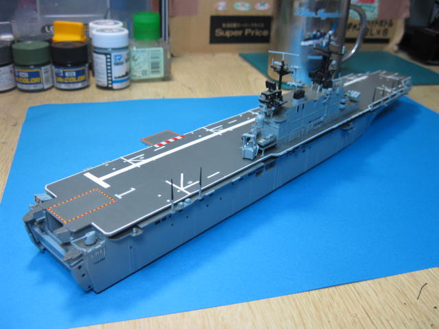 LHA-1 USS TARAWA の14
