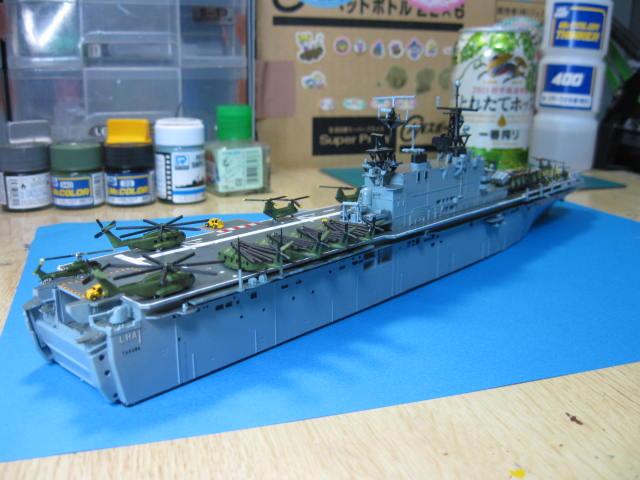 LHA-1 USS TARAWA の17