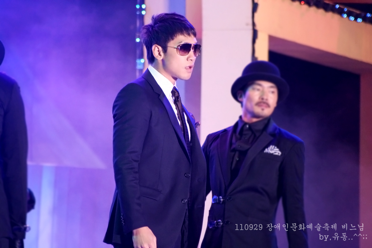110929 Festival of the Handicappeds Art and Culture-04