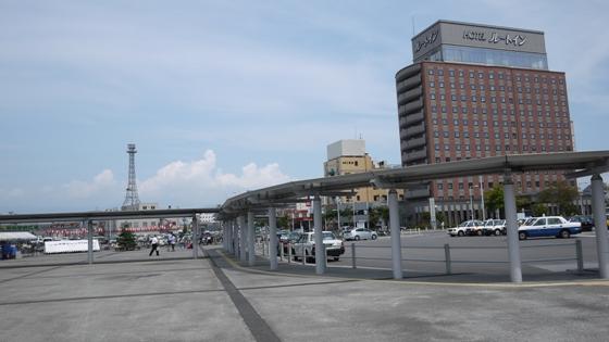 函館駅 ホテル前