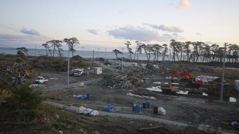 桂島 瓦礫の後